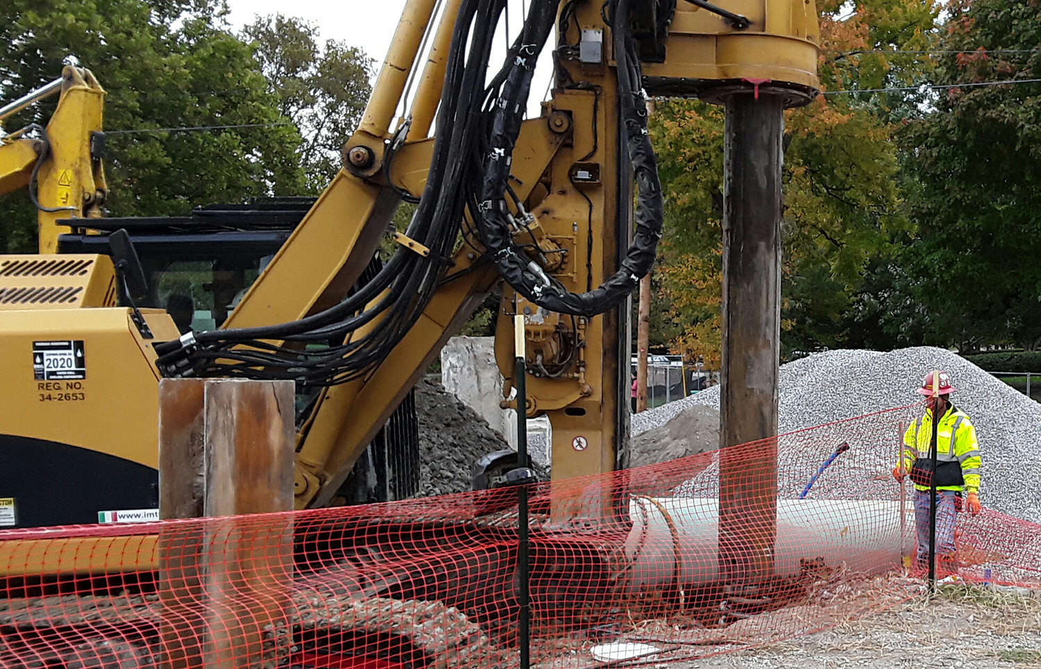 2019 10 16 RS Contract Dewatering Services drill hole for H Pile at 934 AM on north side of site
